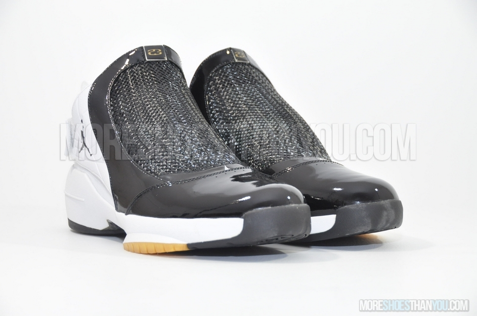 air jordan 19 black and white
