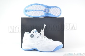 Jordan Jumpman Team 1 (White-Black-Unvrsty Bl-Wlf Gry) 1